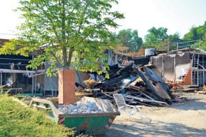 Trümmer blieben übrig. (Bild: klz)