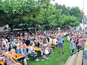 Gute Stimmung ist garantiert beim Rheinfest der Pontoniere. (Bild: zvg)