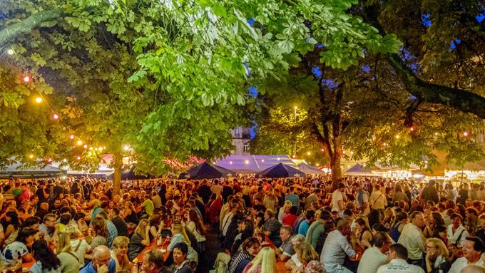 Viel los am Weinfest. (Bild: Sven Jaenecke)