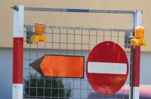 Eine Umleitung ist signalisiert. (Bild: ek)