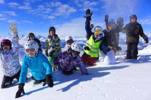 In den Schneesportcamps des Sportamtes hat es noch freie Plätze. (Bild: zvg)
