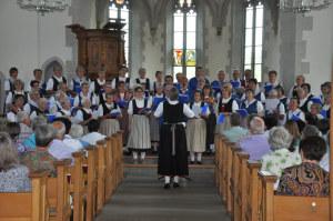 Der Chor der Thurgauer Trachtenvereinigung. (Bild: zvg)