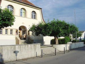 Das alte Primarschulhaus von Bottighofen. (Bild: www.schulebottighofen.ch)