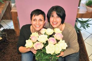 Das «Blütenstil»-Team Sonja Mösli (l.) und Sabine Röhrig. (Bild: zvg)
