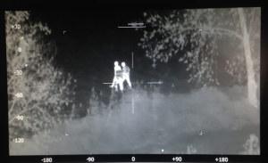 Eine Person versuchte in Egnach (TG) vor der Kontrolle zu flüchten. Dank eines Hubschraubers mit Wärmebildkamera konnte sie aber festgenommen werden. (Bild: zvg)