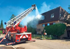 Die Aufgaben der Feuerwehr sind vielfältig und spannend. Am kommenden Montag wird darüber informiert. (Bild: zvg)