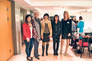Für den Frauenclub aktiv: (v.l.) Concetta Critelli , Sabine Schmelzer, Antje Kaz, Stadträtin Dorena Raggenbass und Nathalie Quiquerez.(Bild: zvg)