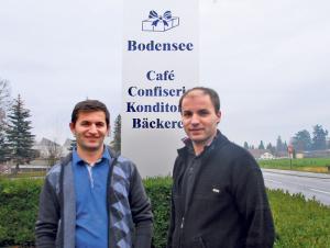 Die Brüder Amir (l.) und Remzi Grajcevic eröffnen am 2. Januar das «Bodensee Café» in Scherzingen. (Bild: Thomas Martens)