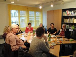 Am Freiwilligen-Treffen in der Thurgauischen Krebsliga. (Bild: zvg)