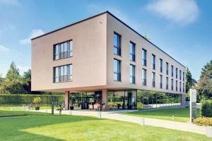 Das «Hotel Kreuzlingen am Hafen» hat eine attraktive Lage. (Bild: zvg)