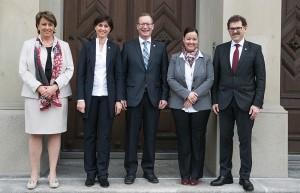 Die ab dem 1. Juni 2016 neu zusammengesetzte Thurgauer Regierung (von links): Cornelia Komposch, Monika Knill, Walter Schönholzer, Carmen Haag und Jakob Stark. (Bild: zvg)