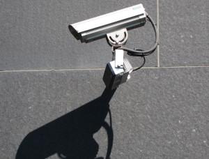 Die Kameras sollen Abschreckend auf Vandalen wirken. (Bild: IESM/ pixelio.de)