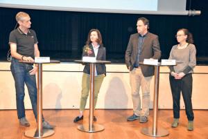 Über die Vorteile der Schule mit Tagesstruktur sprachen (v.l.) René Knöpfli, Seraina Perini Allemann, Pascal Mächler und Ulrike Wolf. (Bild: T. Martens)