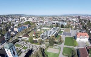 Vogelperspektive aufs neue Stadthaus mit Riesenrad. (Bild: zvg)