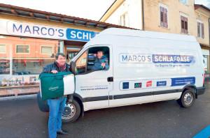 Marco Stotz holt die alte Matratze gleich ab und entsorgt sie.(Bild: zvg)