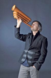 Balthasar Streiff ist ein Spezialist für das Alphorn- und Büchelspiel. (Bild: zvg)