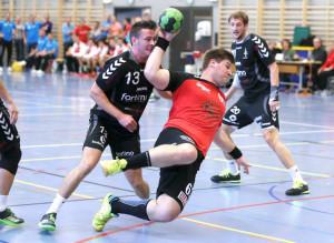 HSC Kreuzlingen (Rot) gegen HC Arbon in der Sporthalle Egelsee Kreuzlingen am Samstag 19. September 2015, Derby (FOTO GACCIOLI KREUZLINGEN)