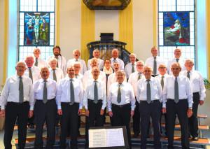 Aus vollen Kehlen singen die Herren der Männerchöre Kurzrickenbach und Landschlacht. (Bild: zvg)