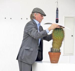 Kaktus-Kratzer: Künstler Christoph Rütimann live. (Bild: zvg)