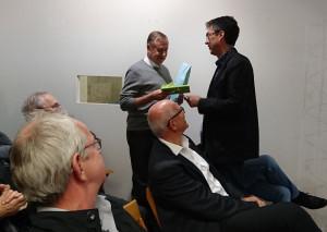 Alt-Stadtammann Josef Bieri wird für seine jahrzehntelange Arbeit geehrt. (Foto: Ramona Zülle)