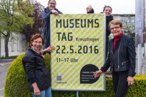 Ursula Schreiber (Astronomische Vereinigung Kreuzlingen), Ursula Steinhauser (Seemuseum), Claudia Thom (Stadt Kreuzlingen, Sachbearbeiterin Kultur und Gesellschaft) und Heidi Hofstetter (Museum Rosenegg) (von links nach rechts) freuen sich auf Ihren Besuch! (Bild: zvg)