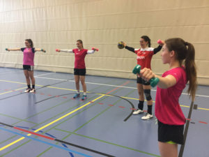 Die vier HSCK-Talente Pashke Marku, Anina Veit, Kira Klein und Janice Veit (von links) kommen dank der NET zu zwei zusätzlichen und damit zu insgesamt sechs Trainings pro Woche. (Bild: mr)