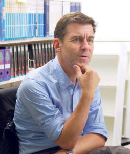 Peter Stamm im Gespräch. (Bild: sb)