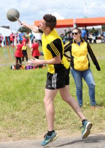 Der Diskus-Schweizermeister Benjamin Kolb trat mit der LAR Tägerwilen im Schleuderball an.