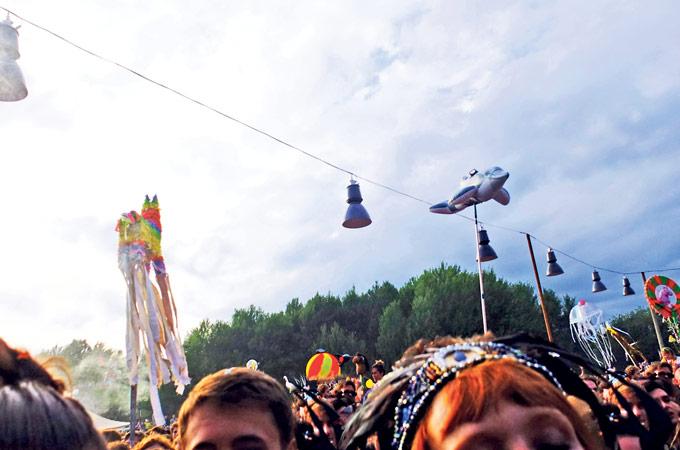 Sommer, Sonne und ein unkonventionelles Festivalfoto. (Bild: vf)