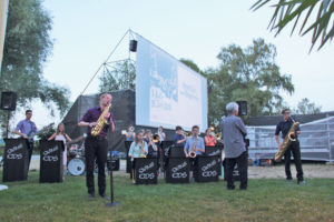 Vor der Vorführung der Dokumentation zeigten die «Swing Kids» ihr musikalisches Können. (Bild: ek)