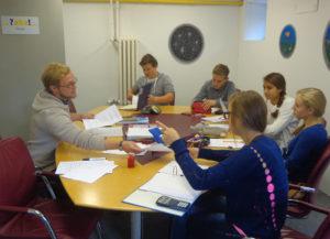 Die Schüler erhalten Hilfe rund ums Thema Lernen. (Bild: zvg)