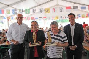 Stadtpräsident Andreas Netzle, Harry Tschumi, Kurt Lauer und Laudator Stephan Frommer. (Bild: zvg)