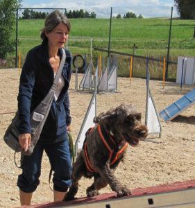 Hundetrainerin Carolin Hoffmann. (Bild: zvg)
