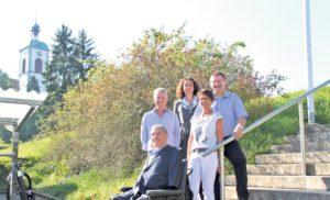 Sie wollen ein Stadthaus hinter sich stehen sehen: Christian Lohr (v.u.n.o.), Jürg Kocherhans, Marianne Raschle, Monica Müller und René Zweifel. (Bild: ek)