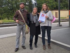Beat Schenk, Barbara Kern und Elina Müller sammelten in Kreuzlingen. (Bild: zvg)