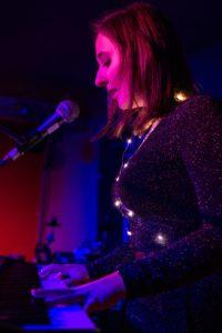 Die Kreuzlinger Sängerin Naomi Ella. (BIld: zvg)
