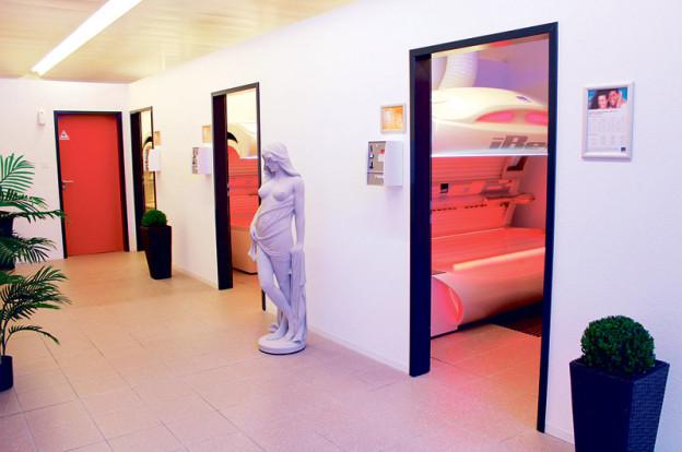 dezember 2014 kreuzlingerzeitung seite 8. Black Bedroom Furniture Sets. Home Design Ideas